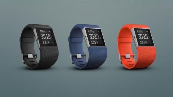 fitbit-surge-fitnesstracker-smartwatch