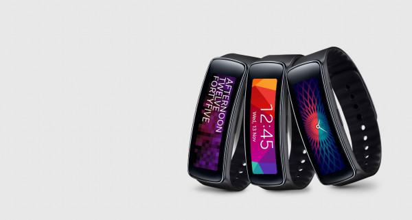 Samsung Gear fit smartwatch : fitness tracker