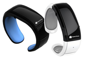 SpeechTrans Wristband Watch Helps Breakdown Language Barriers